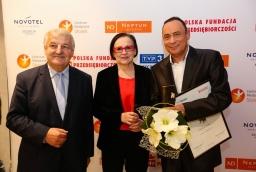 Prof. Stanisław Flejterski (Uniwersytet Szczeciński), Jolanta Drąszkowska (Neptun Developer), Lesław Siemaszko (firma deweloperska Siemaszko)  /fot.: ABES /