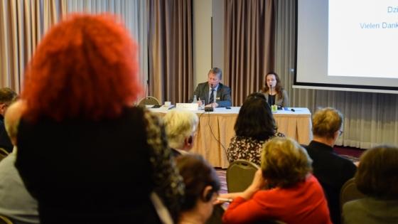 Listopadowe spotkanie Polsko-Niemieckiego Kręgu Gospodarczego. na zdjęciu Thorsten Haasch (IHK Neubrandenburg) i Lidia Synowiec-jaje (Akademia Górniczo-Hutnicza) /fot.: mab /