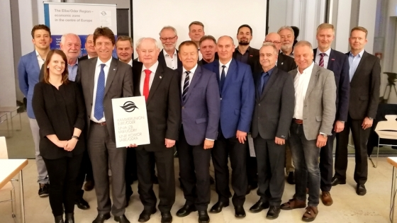 Uczestnicy zebrania generalnego Unii Izb Łaby i Odry zorganizowanego w Magdeburgu w listopadzie ub. roku. /fot.: fot. Unia Izb Łaby i Odry /