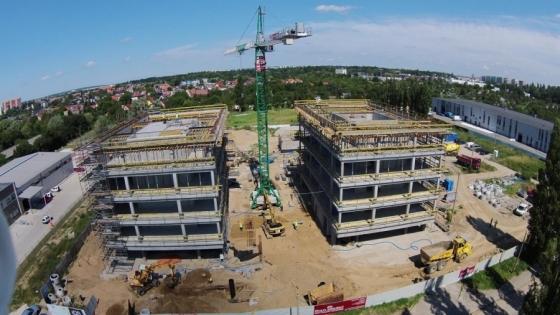 W I etapie budowy powstają dwa biurowce  /fot.: Mat. Agatrans Multi Projekt /